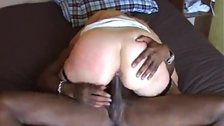 Curvy wife in fishnets get pussy-stretching