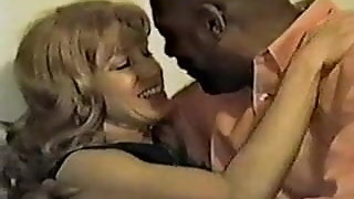 Mature wife with black lover vol1