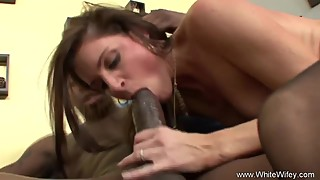 Vibrater And BBC For Skinny Wifey